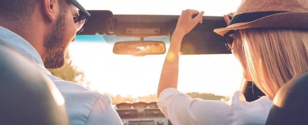 couple on road trip