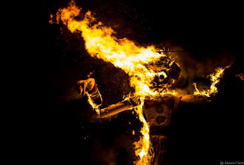 the burning statue of Zozobra